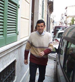 Demanen 11 mesos de presó i 65.500 euros a un jardiner sospitós de causar un foc