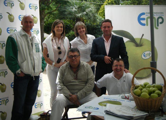 EMP reparteix més de 2 tones de pomes