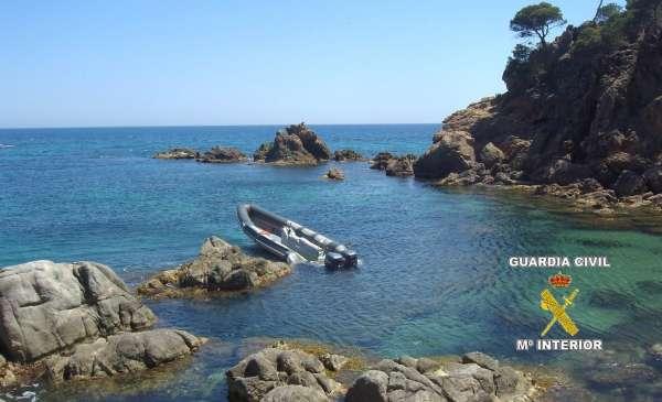 Desmantellada una banda que introduïa haixix a la Costa Brava per via marítima