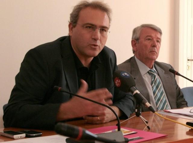 El secretari de Sant Feliu avala la figura i el sou del vicealcalde.