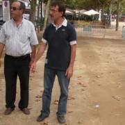 L'Ajuntament fa unes proves per canviar el sauló de la Plaça del Mercat i el Passeig