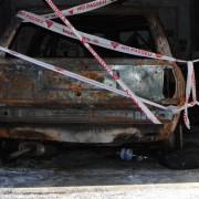 Es crema fortuïtament un vehicle dins d'un garatge del Sot dels Canyers
