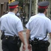 Els Mossos detenen a 3 joves per robar en tres domicilis a Sant Feliu de Guíxols