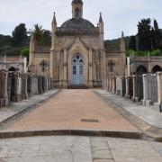 El llibre Tombes & Lletres es presentarà aquest dissabte al cementiri
