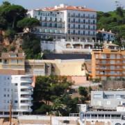 L'Ajuntament s'atipa i actua per les obres sense permís de l'Hotel Bellevue