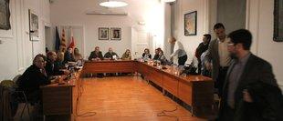 Tots els grups de Sant Feliu, llevat del PP, contra la puja de l'IBI per decret