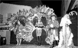 El fred no atura l´inici de la celebració del Carnaval