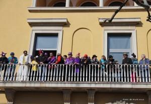 Els protagonistes del Carnaval celebraren un sopar multitudinari a la nova nau