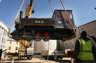 La màquina número 2 del trenet ganxó torna a ser visible a Girona