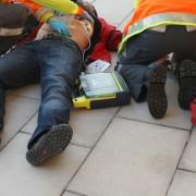 Creu Roja desfibril·la per a les entitats Dóna la cara x la independència