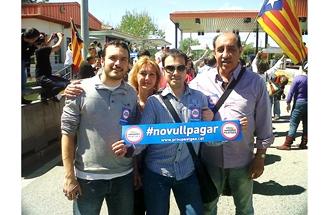 Ganxons de Solidaritat es planten i diuen #novullpagar al peatge de Girona Sud