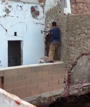 El Club del Mar denuncia un guixolenc pel forat al mur