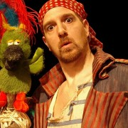 El Pirata Canut actua diumenge al Teatre Montclar