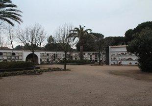 El govern de Castell-Platja d'Aro aprova ampliar el cementiri amb 72 nínxols