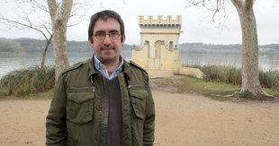 Aguirre dedica una novel·la al bon periodisme clàssic