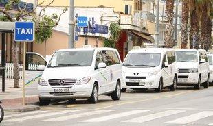 Els taxistes de Platja d'Aro, tips de la competència deslleial