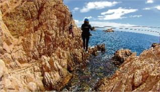 L´Ajuntament de Sant Feliu reobre la via ferrada sobre el mar que es va tancar el 2005