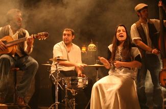 Torna el Guíxols Escena amb el concert acústic de D´Callaos al Teatre Auditori Narcís Masferrer