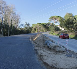 Reprenen les obres a la carretera de Santa Cristina a Bell-lloc