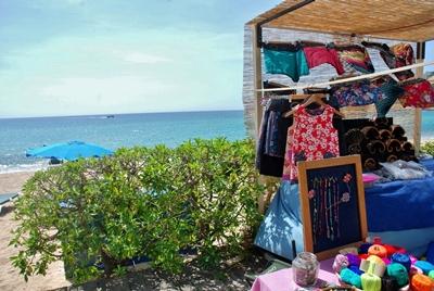 Bases per a l'atorgament de llicències al mercat artesanal diari d'estiu al passeig del Mar de SFG