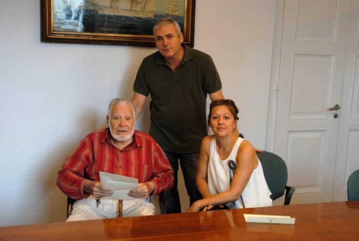El guixolenc Francesc Soler fa donació a la ciutat d'un reportatge fotogràfic-quadre de l'Asil Surís.