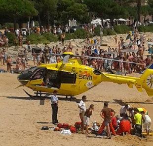 Rescat d'una banyista a Sant Feliu