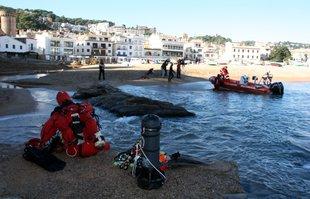Ni rastre del pescador de Tossa ni de la barca en la segona jornada de recerca
