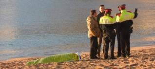 Apareix el cadàver d´un home a la platja de Sant Feliu