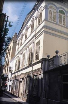 Sant Feliu reserva dos pisos de l'hospital al museu mèdic