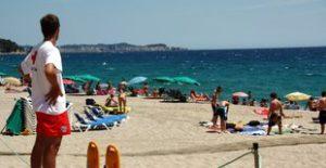 La platja Gran de Platja d'Aro, on la pràctica del nudisme no està permesa.  Careto: No  Foto: Xavier Pi (ACN) 1595#Gisela Pladeveya