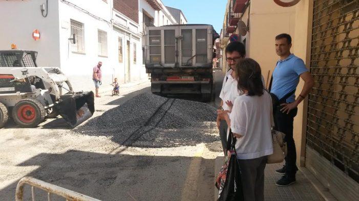 Asfalt als carrers Boera i Santa Magdalena