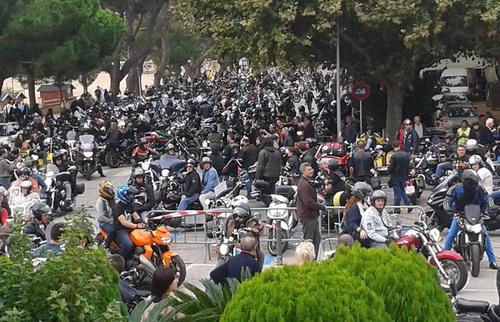 MULTITUDINÀRIA TROBADA DE MOTOS A SANT FELIU