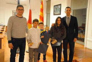 L'Ajuntament distingeix tres joves campions ganxons