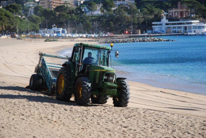 Sant Feliu vol tenir la platja neta estiu i hivern