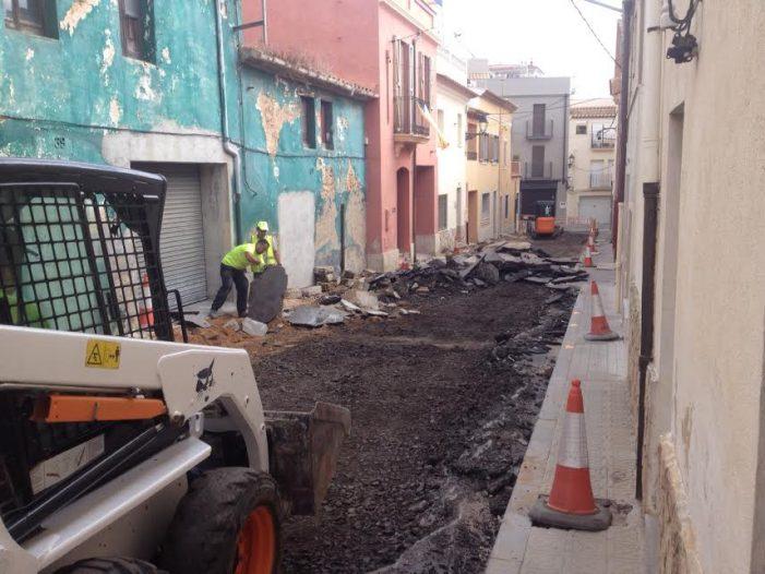 Aturada de les obres al carrer de Sant Martirià