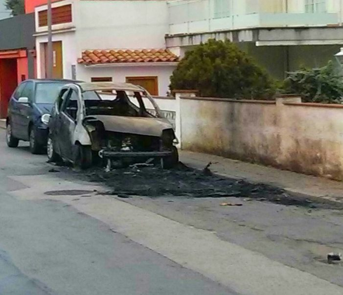 Tres vehicles cremats a Platja d'Aro