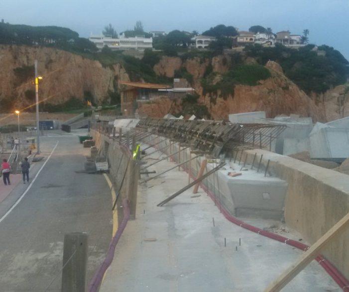 Recta final de les obres al port de Sant Feliu