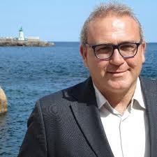 Pere Albó critica que el govern destini 44.500 euros anuals a fer un butlletí