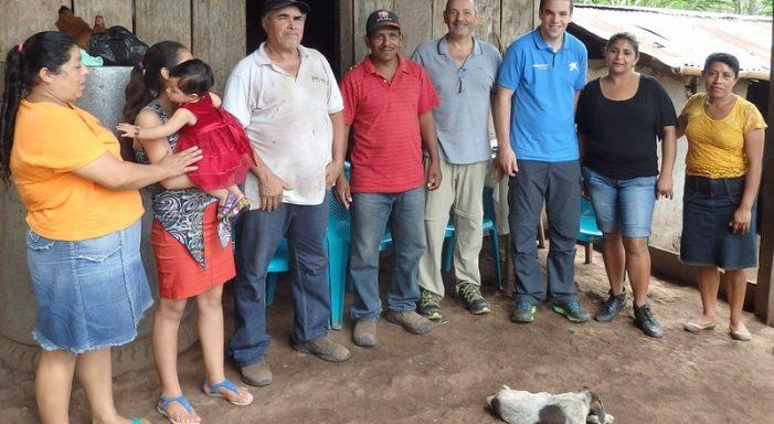 Cooperants gironins de La Caixa al Perú