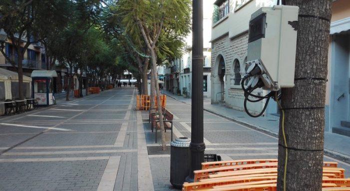 Renoven a Sant Feliu la xarxa elèctrica de la rambla Vidal