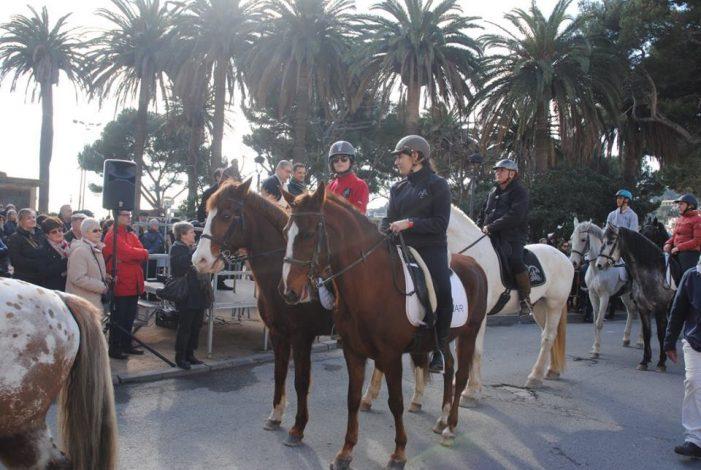 Espectacular festivitat de Sant Antoni Abat a Sant Feliu de Guíxols