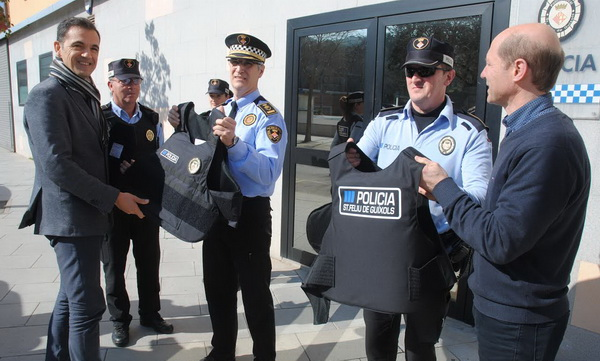 ARMILLES ANTIBALES PER A LA POLICIA LOCAL
