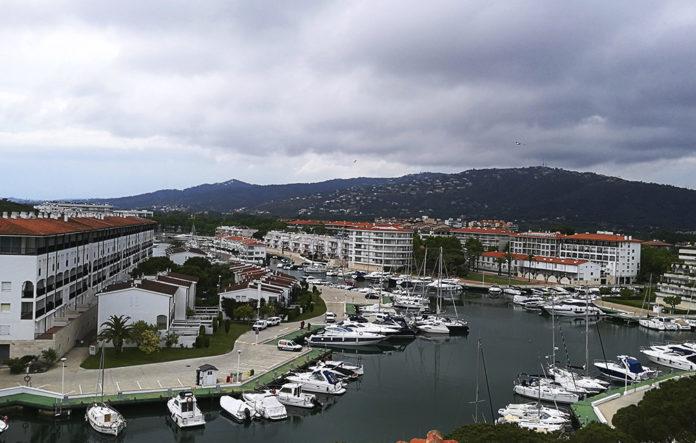 Rebuig unànime de Castell-Platja d'Aro al projecte de la bocana del port