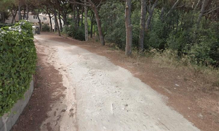 El govern vol asfaltar el carrer de S'Adolitx