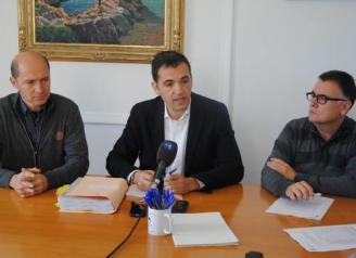 El PSC de Sant Feliu rebutja assistir al ple de suport al referèndum