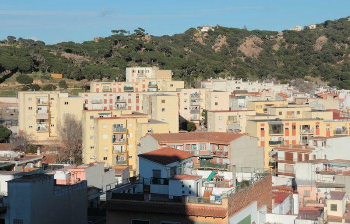 Sant Feliu adquireix pisos de bancs a baix preu per destinar-los a lloguer social