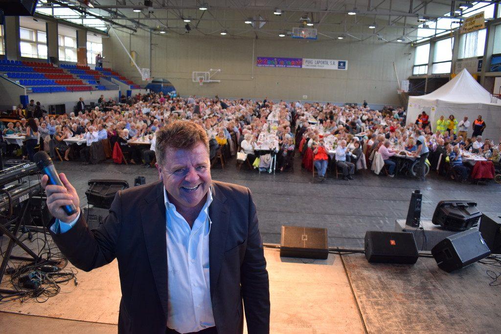 Més de 800 avis a la festa de la gent gran
