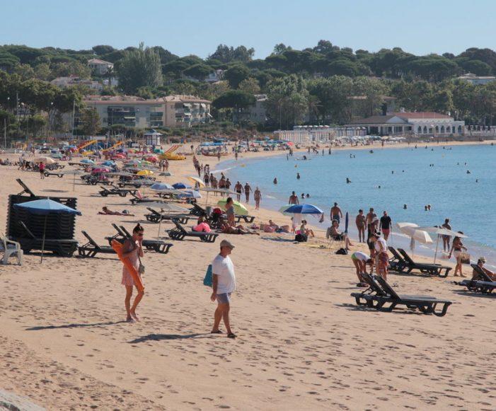 Menys zones de gandules i més petites el 2018 per guanyar platja a Sant Feliu