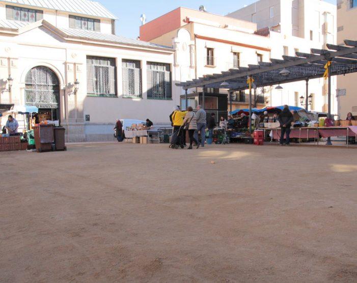Sauló sòlid a la plaça del Mercat de Sant Feliu