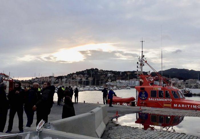 Es llança amb el cotxe al mar, a Sant Feliu